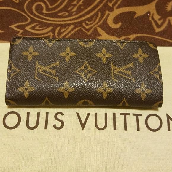 6a0fec727d8d17 Louis Vuitton Accessories   Lunette Simple Eye Glass Case   Poshmark